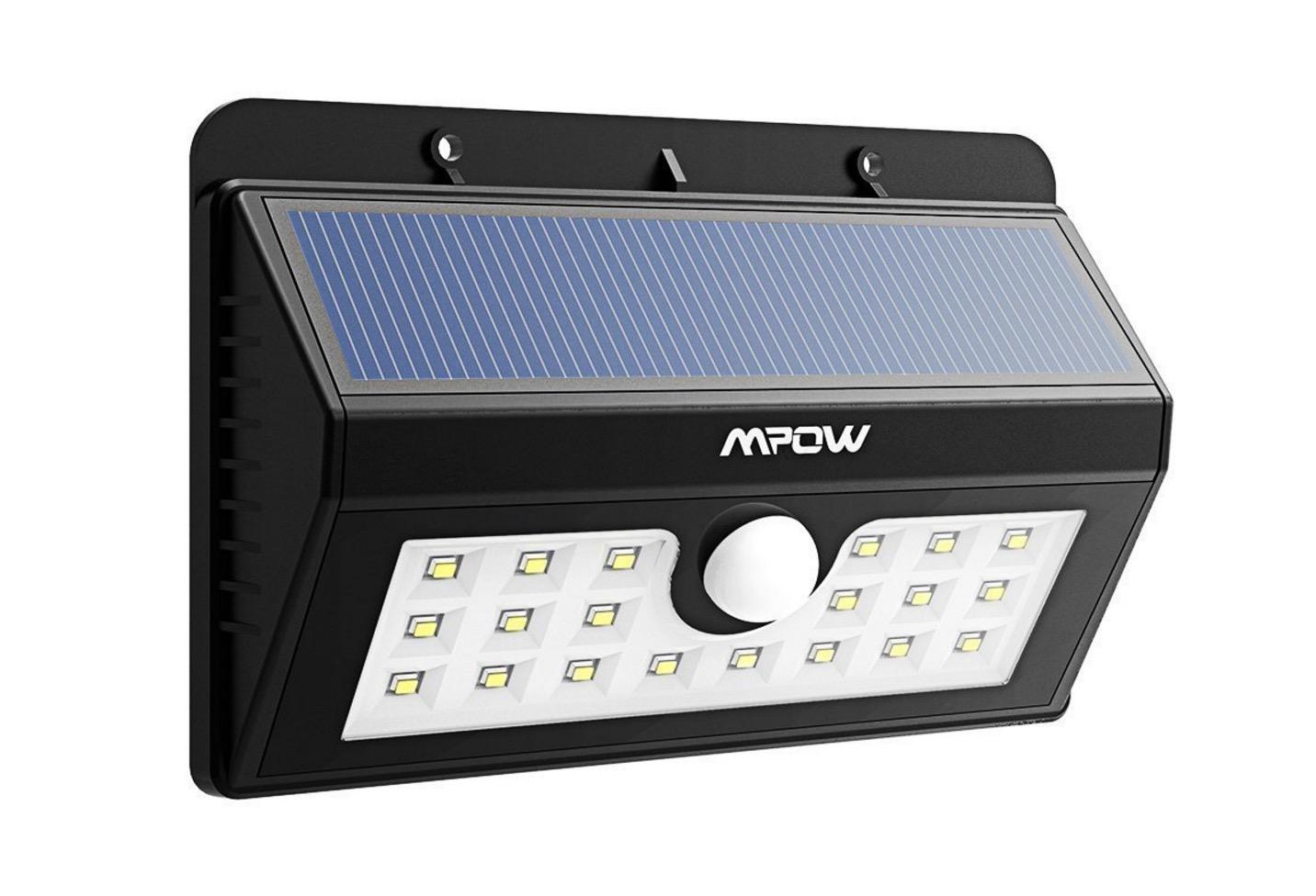 Lampada led da esterno con ricarica solare accensione al movimento