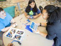 Da Apple e IBM l'app con intelligenza artificiale per insegnanti e scuole