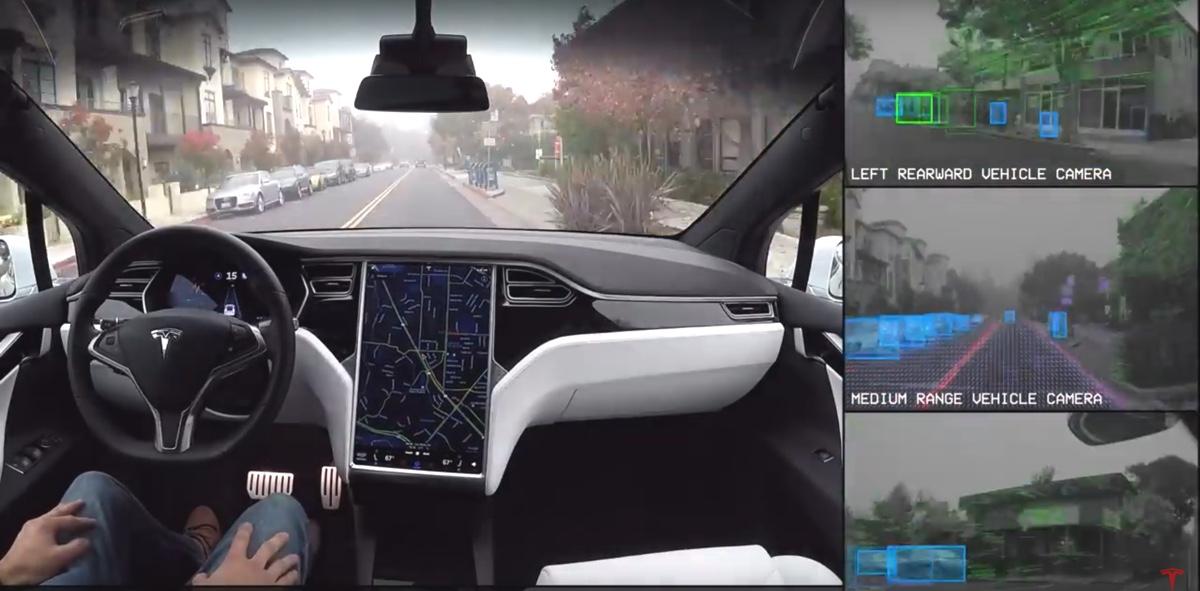 tesla guida autonoma completa
