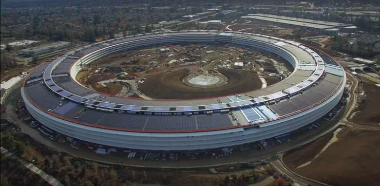 apple campus astronave 740 natale