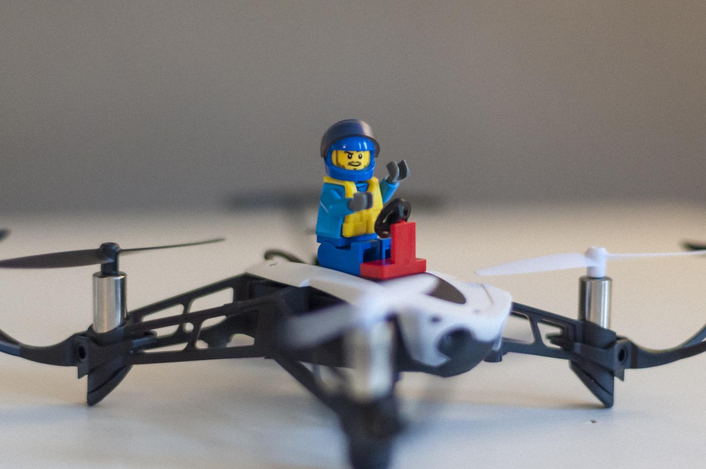 in prova parrot mambo il mini drone poliedrico pagina 2 di 2. Black Bedroom Furniture Sets. Home Design Ideas