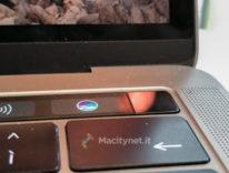 E se stasera Apple presentasse la tastiera Touch Bar per tutti?