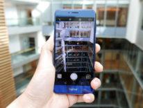 I 10 test di resistenza che Huawei usa per testare i suoi telefoni Honor