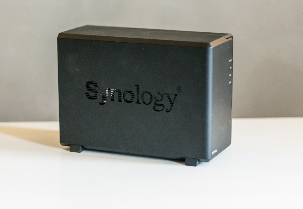 synology-ds216play-03