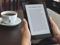 Un italiano su dieci legge ebook, l'AIE stima l'effetto Amazon e Kindle nel Bel Paese