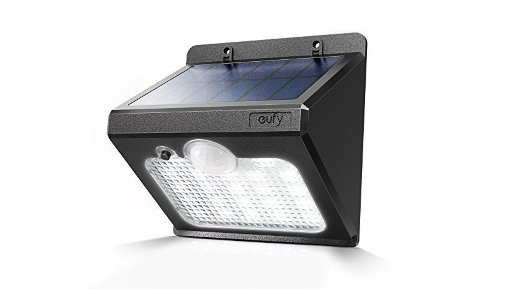 Lampada led da esterno con ricarica solare e sensore di movimento
