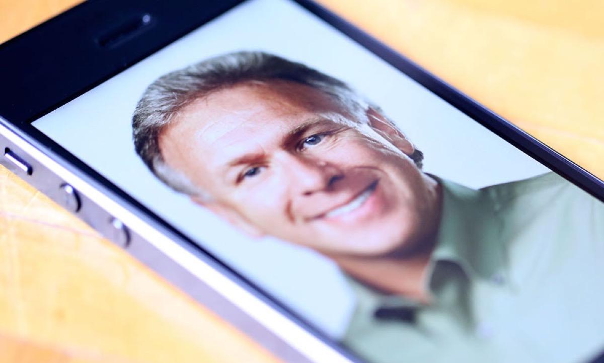 schiller 10 anni iphone