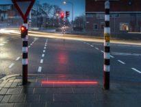 Semafori sul marciapiede per i drogati di smartphone