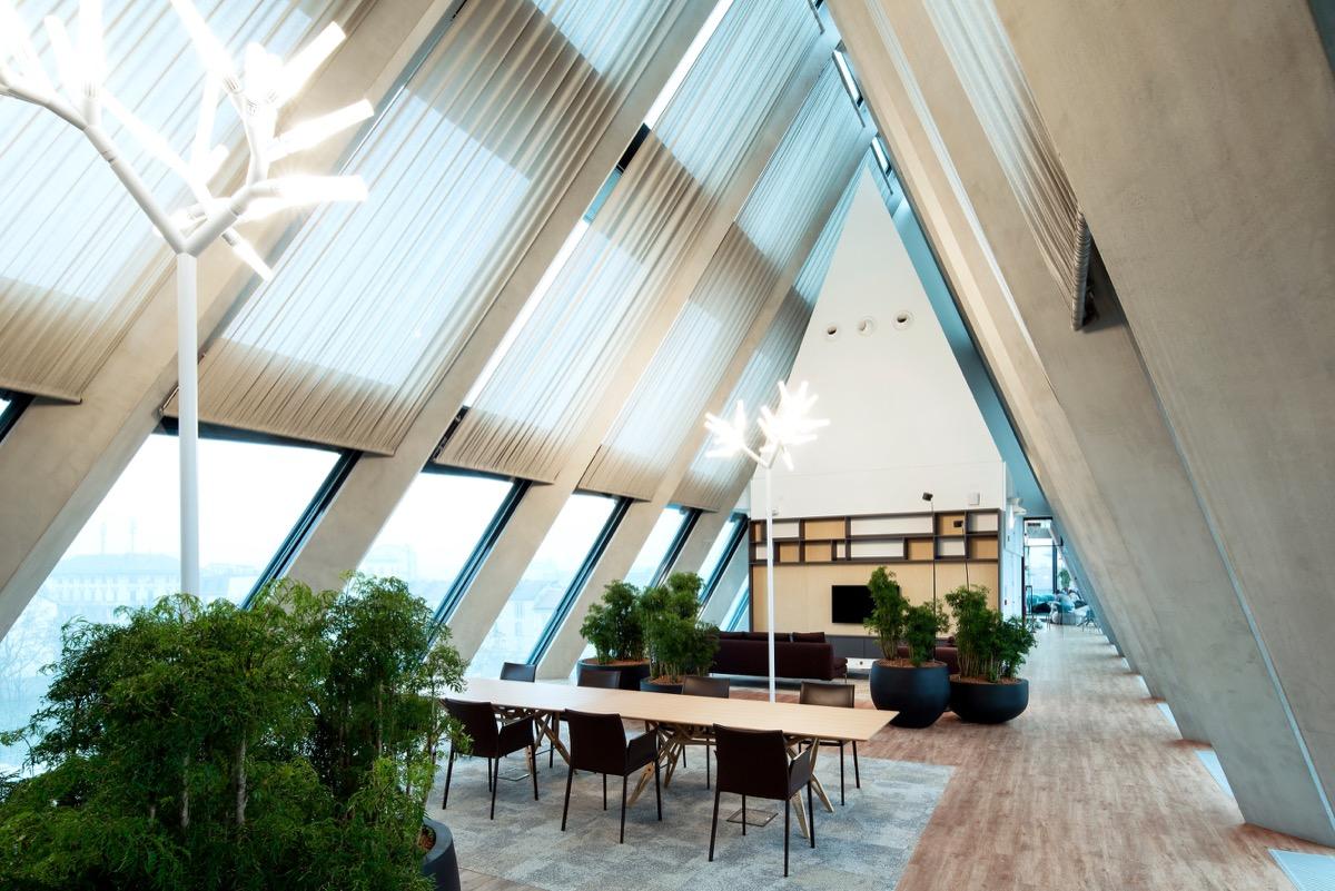 Microsoft italia cambia casa nel centro chic di milano per lo smart work aperto a tutti - Casa base milano ...