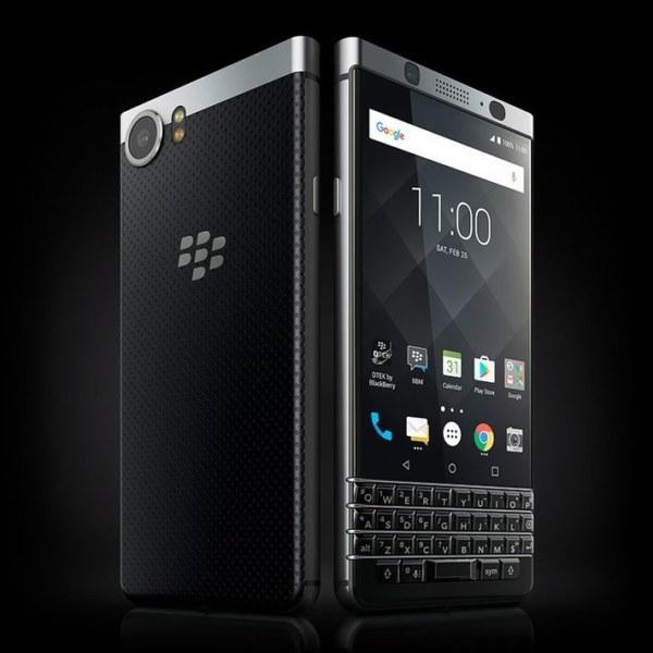 MWC17: ecco la galleria Blackberry KEYone, con lo smartphone visto da vicino