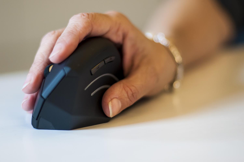 Anker Ergonomic Vertical Mouse