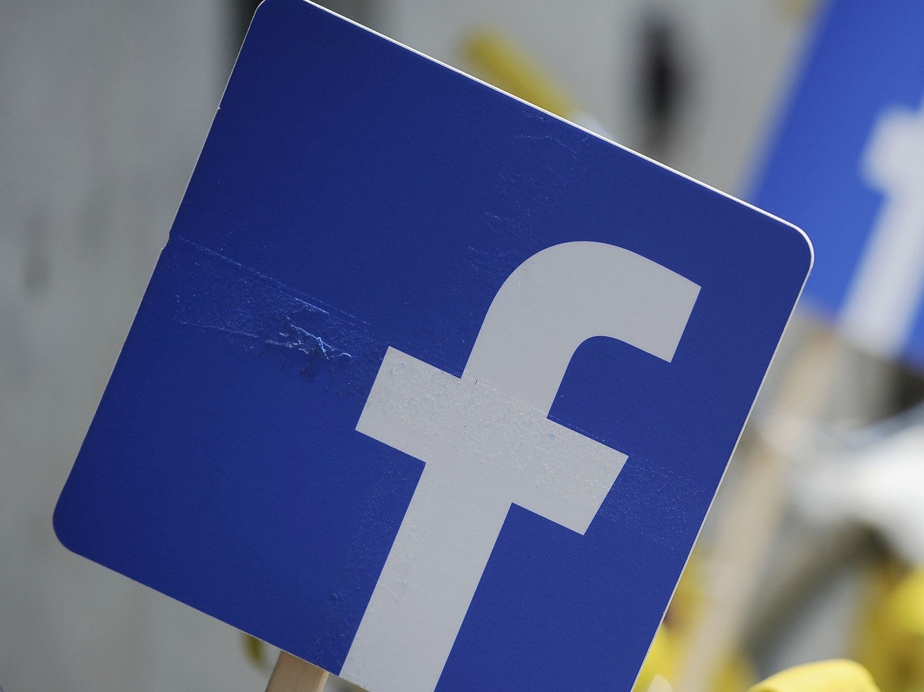 multa facebook whatsapp