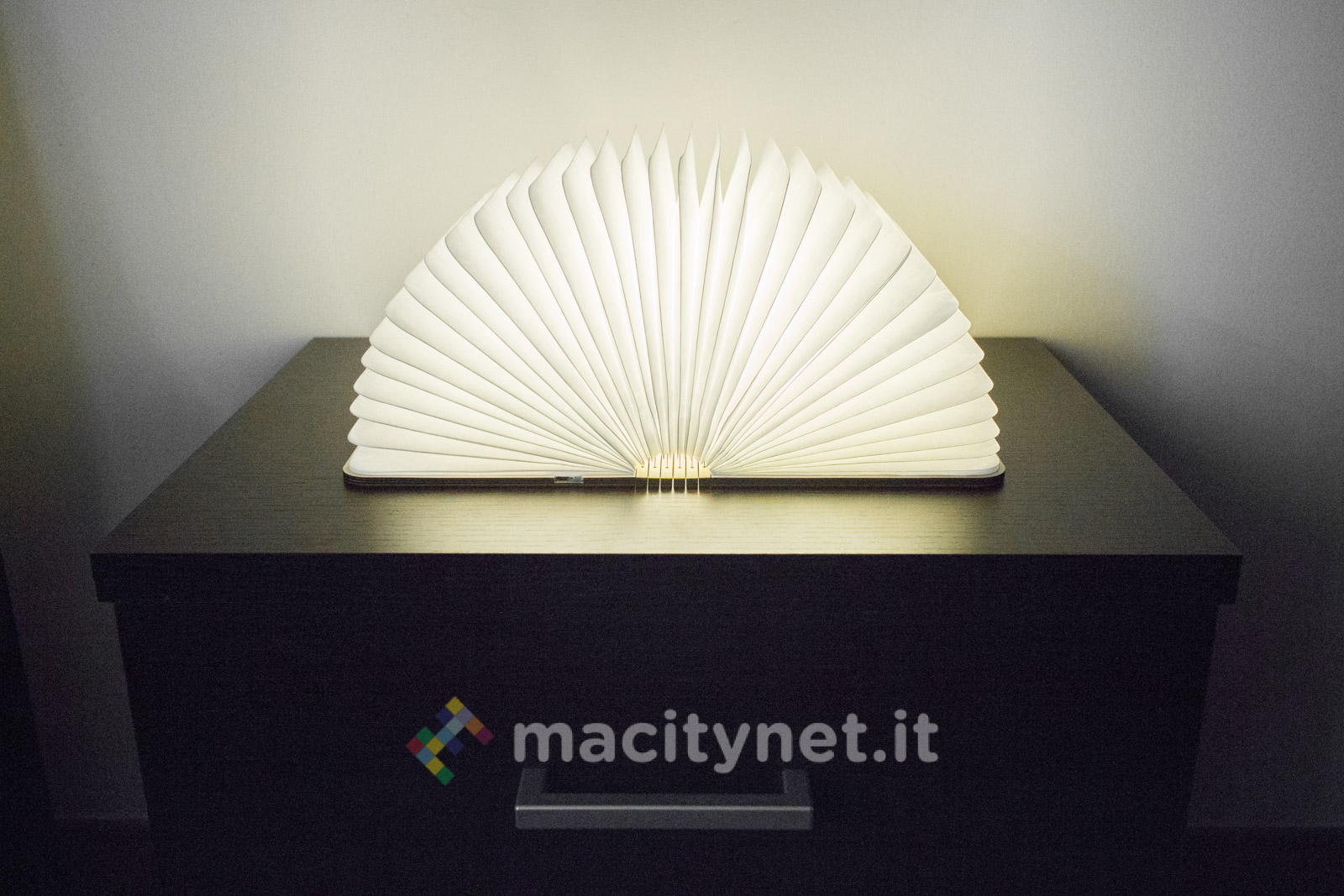 Lixada Book Lamp