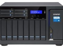 QNAP TVS-1282T3 è un nuovo NAS con 4 porte Thunderbolt 3