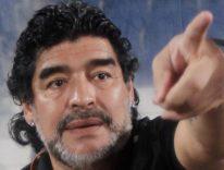 PES 2017, il volto di Maradona potrebbe costare caro a Konami
