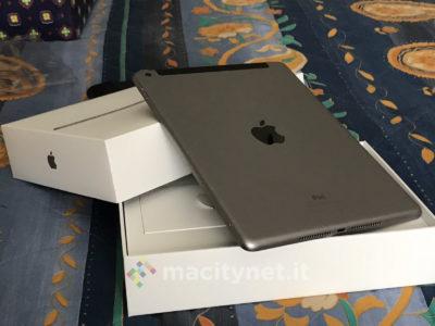 Nuovo iPad 2017 unboxing