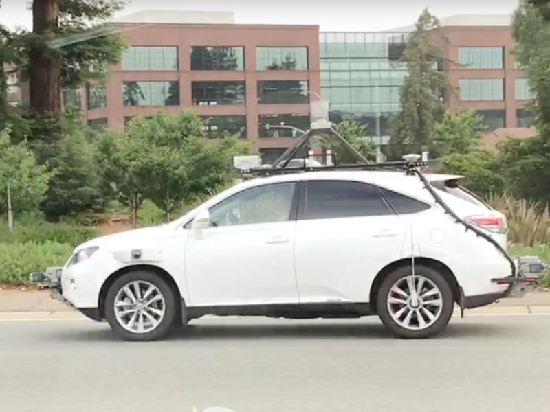 L auto apple a guida autonoma viaggia sulle strade della for L auto che si guida da sola