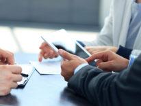 Nei tablet Apple soffre ma domina dove più conta