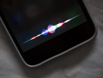 iPhone 8 con pulsante home sullo schermo: Siri fa la spia e conferma