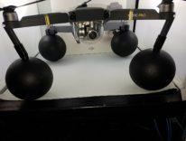 Il galleggiante per droni per non affondare in mare o piscina