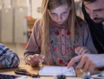 Scuola Digitale, a Milano gli alunni diventano tutor degli studenti più piccoli grazie al tablet