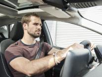 Negli spostamenti in auto è meglio ascoltare canzoni malinconiche