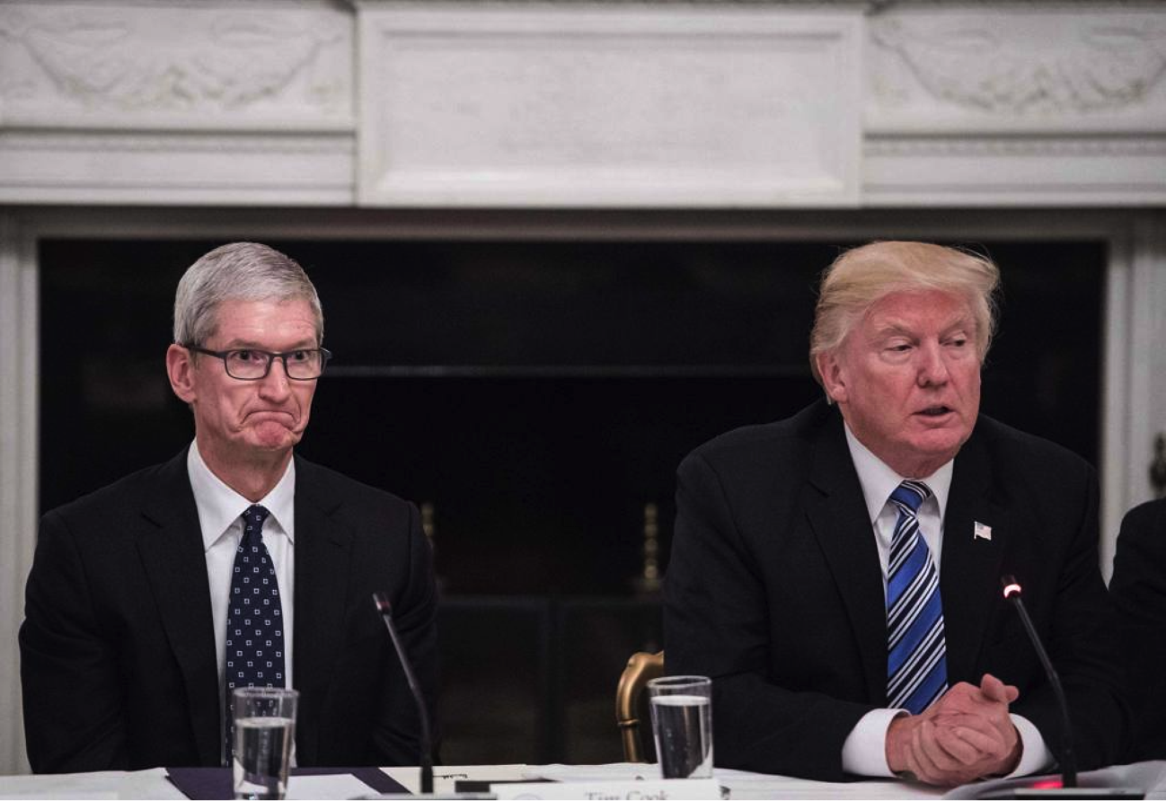 Tim Cook è stato ribattezzato 'Tim Apple' da Donald Trump