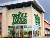 Colpo grosso di Amazon, compra i supermercati Whole Foods per 13,7 miliardi di dollari