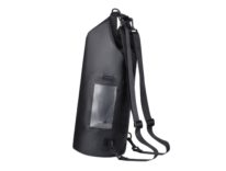 Sacca a spalla, waterproof e con tasca  per smartphone: sconto a 10,99 euro
