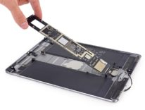 """Non è un iPad standard: iPad Pro 10,5"""" smontato rivela un 12,9"""" in miniatura"""