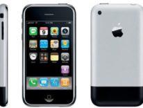 Il successo di iPhone supera Barbie, Zippo e Walkman. Ha rivoluzionato tutto, anche Apple