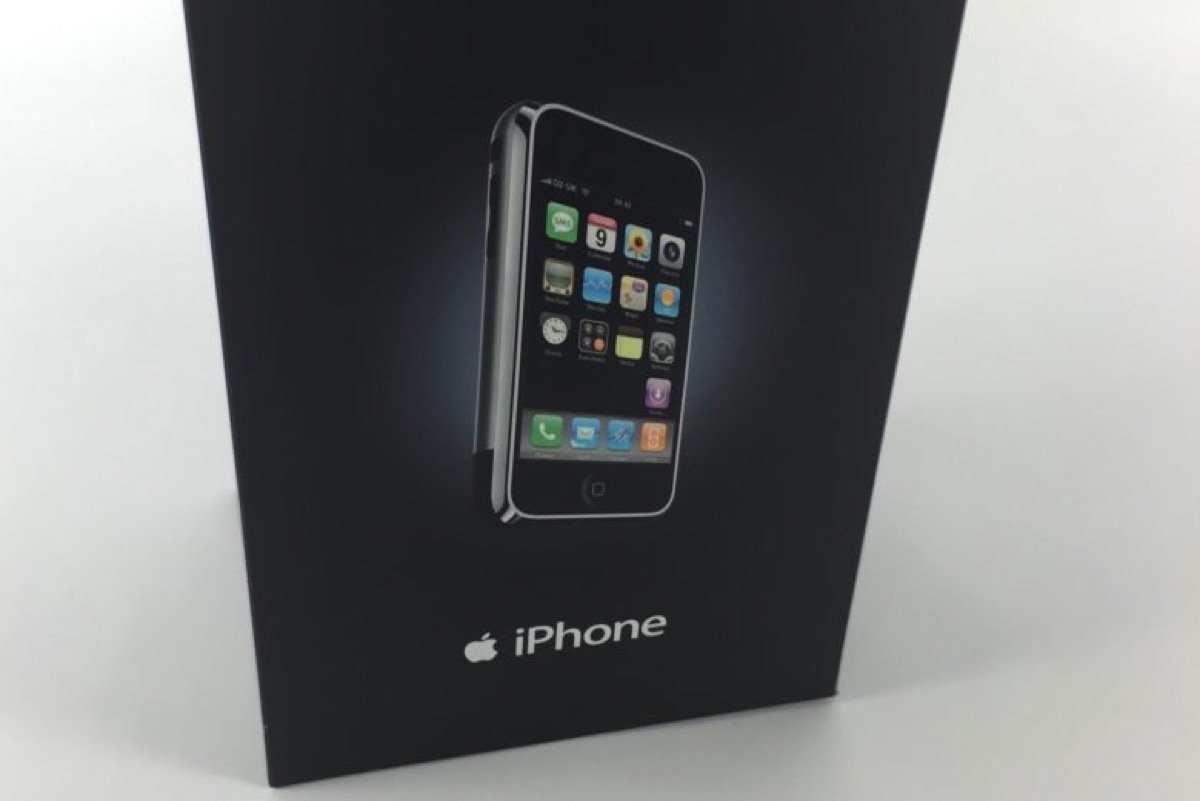 iphone edge busta