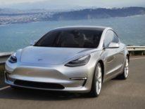 Tesla in festa, le prime Model 3 saranno consegnate il 28 luglio