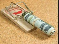 Risparmi rubati, Apple e Google rimuovono oltre 300 app finanziarie fraudolente
