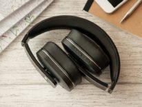 Cuffie Bluetooth ANC con condivisione della musica in offerta a 71,97 euro