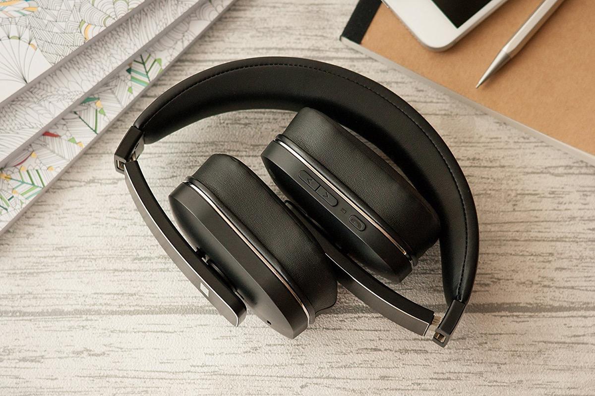 Cuffie Bluetooth ANC con condivisione della musica in offerta a 71 ... 9d83eae24f74