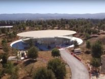 Steve Jobs Theater è uno spettacolo nell'ultimo video di Apple Park
