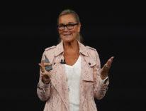 La prima volta di Angela Ahrendts sul palco del Keynote Apple
