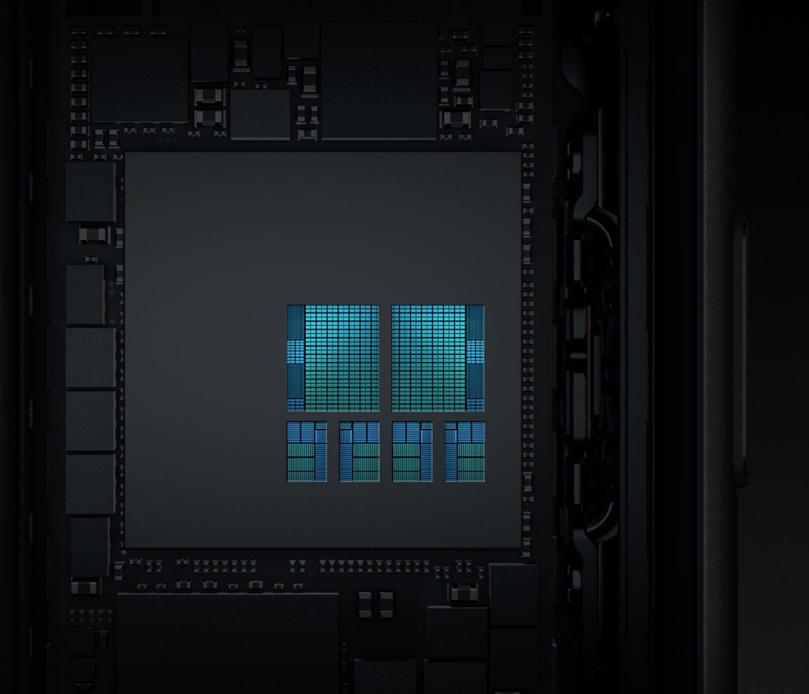 A11 Bionic ha un design della CPU a sei core con due core ad alte prestazioni più veloci del 25% e quattro core ad alta efficienza più veloci del 70% rispetto al chip A10 Fusion