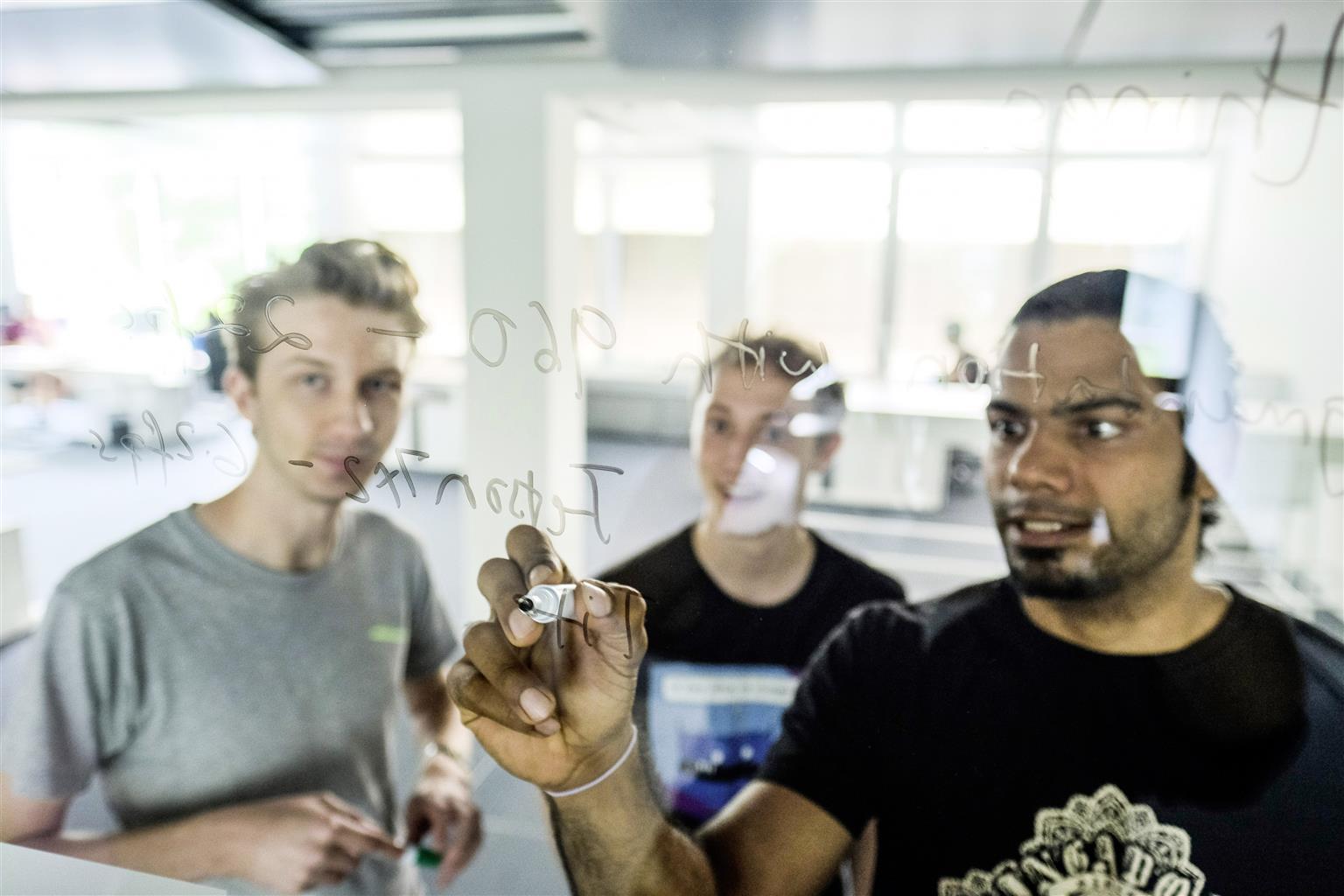 L'Information Technology Center Munich (Data Lab) è il centro di competenza del Gruppo Volkswagen per il machine learning e l'intelligenza artificiale (IA)