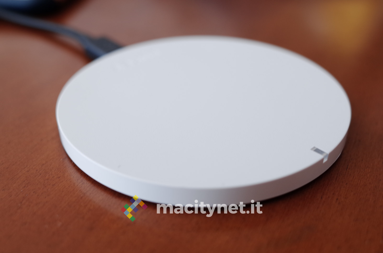 Recensione caricabatterie wireless Qi di Aukey