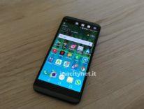 Recensione dell'LG Q8, due display sono meglio di uno?