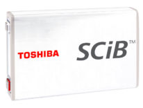 Toshiba, la super batteria per veicoli elettrici: 6 minuti di ricarica per 320 km