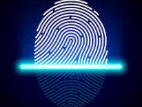 Lettore di impronte digitali sotto lo schermo, Samsung potrebbe bruciare Apple