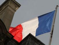 Prima dell'Italia, la Francia: Tim Cook all'Eliseo per incontrare Macron