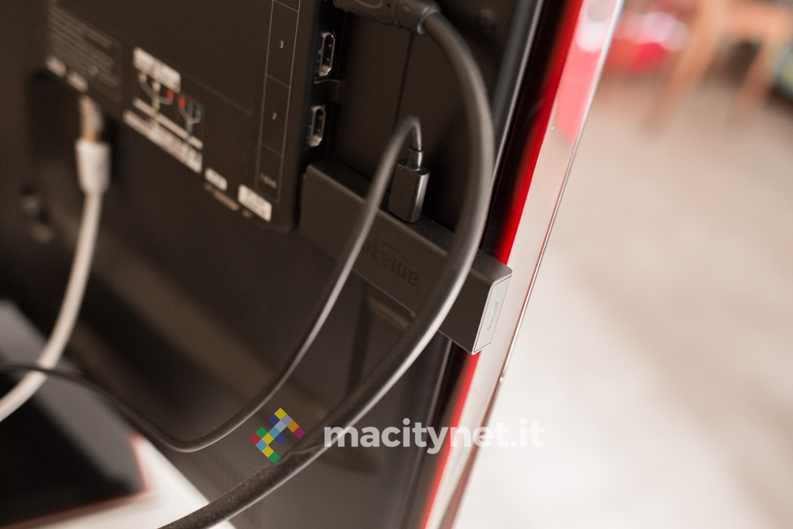 Amazon Fire TV Stick Basic Edition nella tv