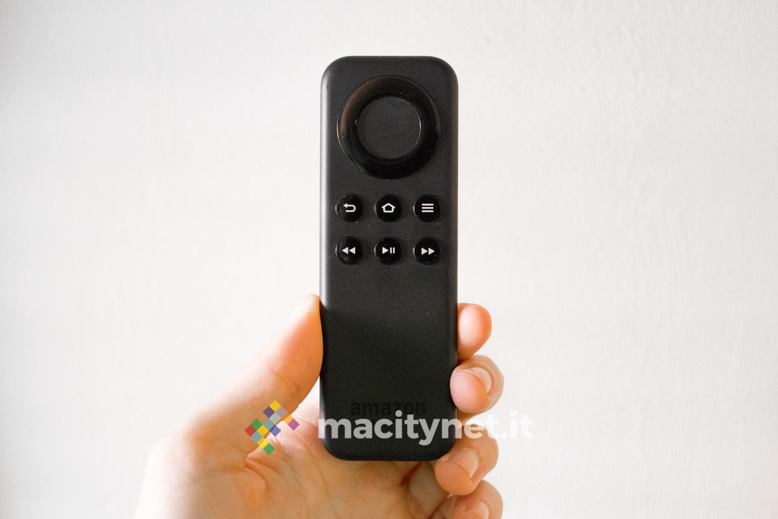 Recensione Amazon Fire TV Stick Basic Edition - Il telecomando