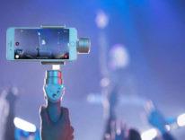 Solo poche ore DJI Osmo Mobile, lo stabilizzatore per smartphone costa la metà su Amazon