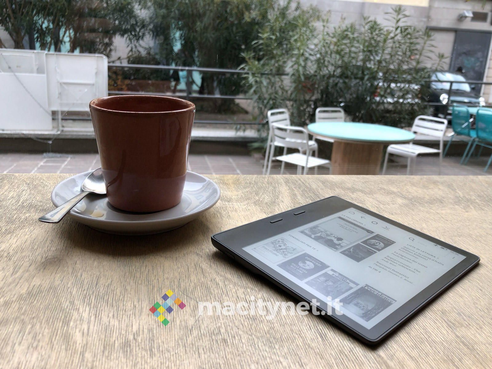 Recensione Kindle Oasis 2017