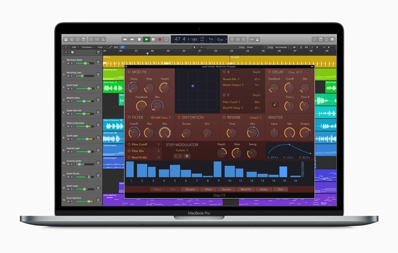 Step FX aggiunge un'elaborazione multi-effetto ritmica usando tre step sequencer e un pad X/Y